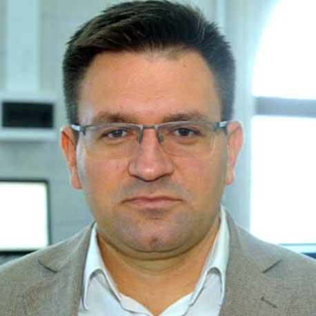 Dr. Nenad Dolovac